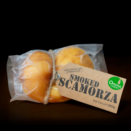 Smoked Scamorza Cheese ± 200gr/Pack